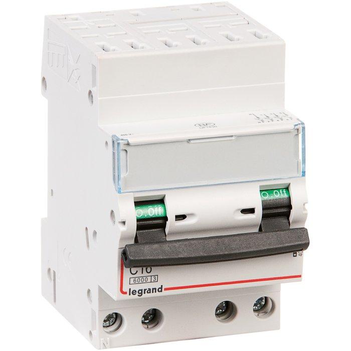 Disjoncteur DX³ 6000 - 10 kA - Courbe C - Protection des départs - 3 modules